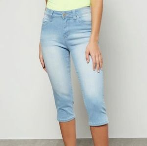 YMI let's UBU Capris jeans  junior13/ women
